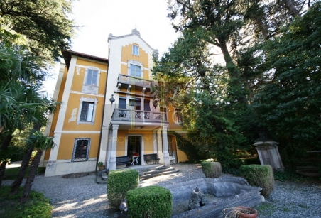 lake Como villa Liberty